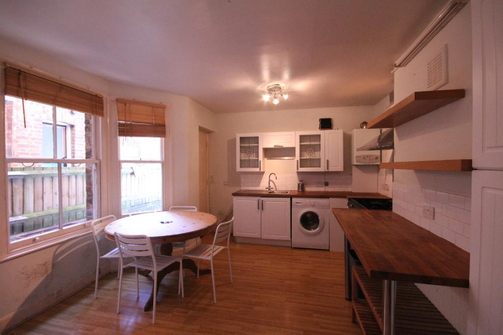 Birnam Road, Finsbury Park, London, N4 3LJ
