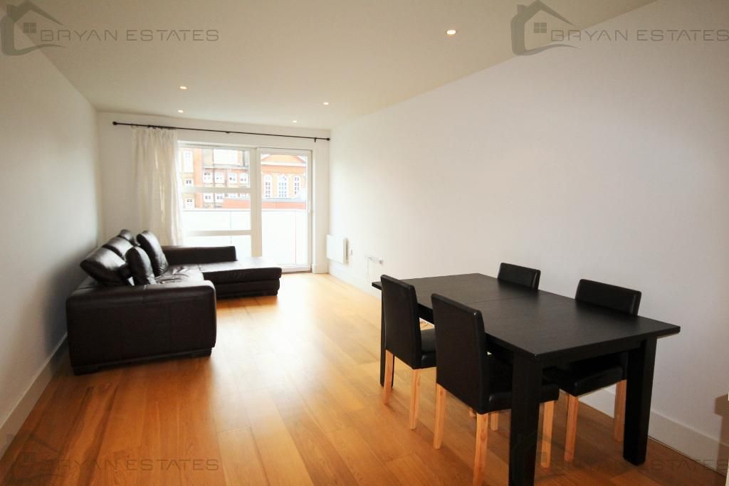 3 Tiltman Place, Finsbury Park, London, N7 7EF